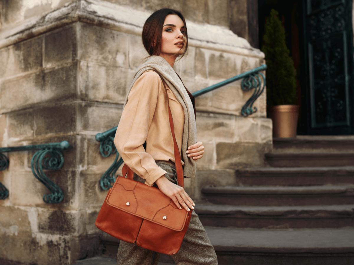 革のバッグのお手入れ3ヶ条!自宅で簡単にできる色落ちや汚れへの対処法