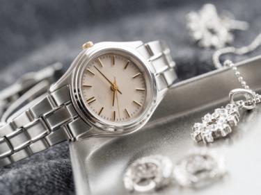 ブルガリの時計修理は正規店へ!メンテナンス内容や価格を他社と比較
