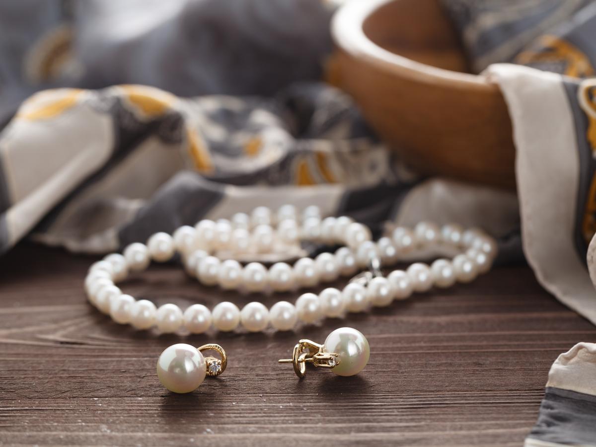 パールの買取価格は安い?高額が期待できる真珠の特徴とお手入れ法