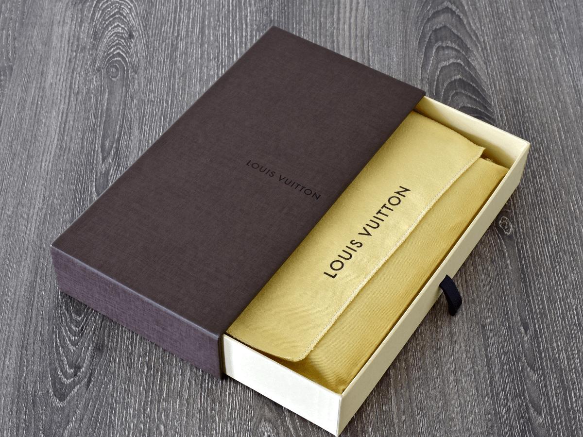 ヴィトン「エピ」の財布はメンズ・レディース共に人気のモデル!その種類や定価・買取価格