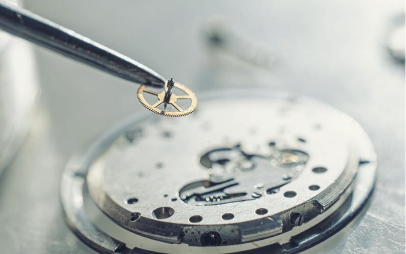 時計は体を表す?iwcの逸品ポルトギーゼがエレガントな大人に愛される理由
