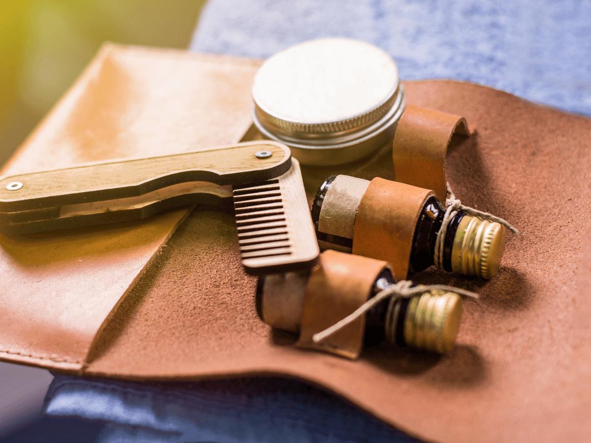 ラナパーは天然の植物由来の油でできた革のお手入れ製品!大切な靴や鞄をラナパーでぴかぴかに