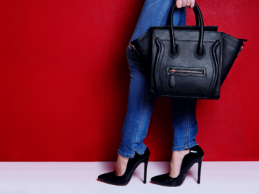 セリーヌ『ラゲージ』は芸能人も愛用している人気バッグ!サイズや色の種類・おすすめ5選